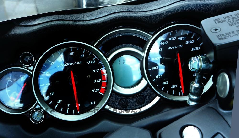 燃費を気にして高速道路を走る方法