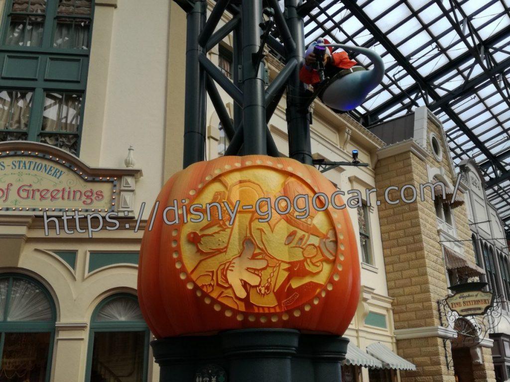 ディズニーランド かぼちゃ オブジェ